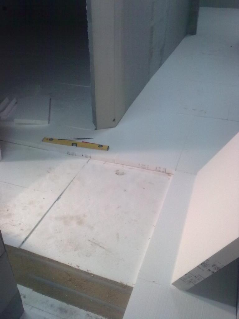 Pokládka polystyrenu