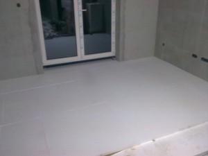 Polystyren v obývacím pokoji
