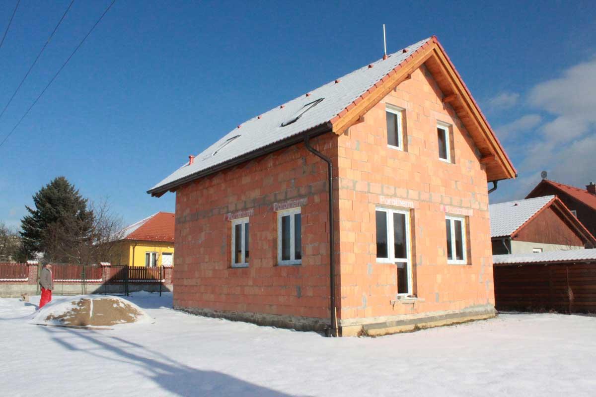 venkovský-dům-střední