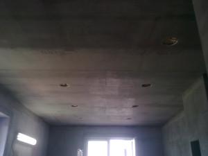 Nebude to dlouho trvat a budeme natahovat strop do štuku. :-)