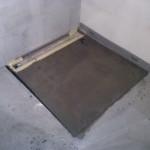 145.Betonování sprchového koutu
