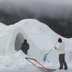 Video: Jak se dá postavit veliké iglů