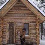 Video: Jak opravit dveře a podlahu ve srubu
